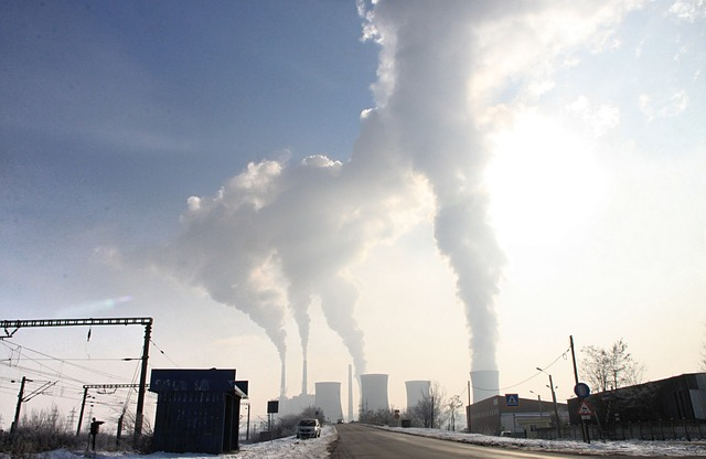 pollution-87684_640