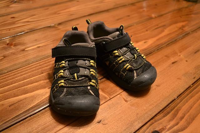 shoes-266849_640