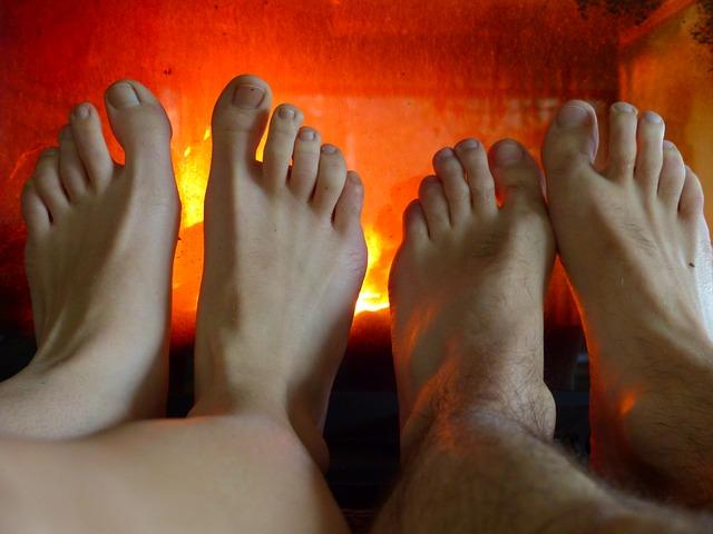 feet-99991_640