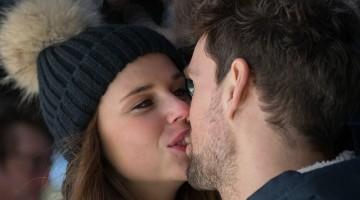 kiss-596093_640
