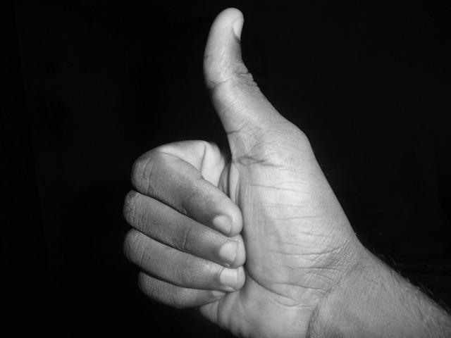 thumb-up-441938_640