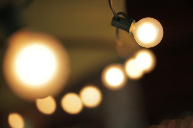 light-677062_640