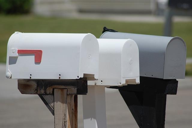 mailbox-357668_640