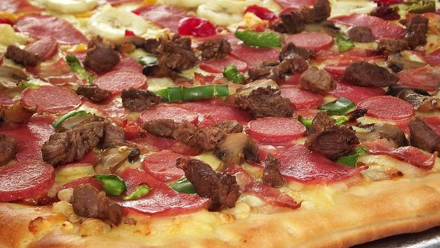 pizza-286993_640