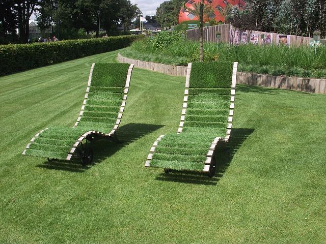 deck-chair-185199_640