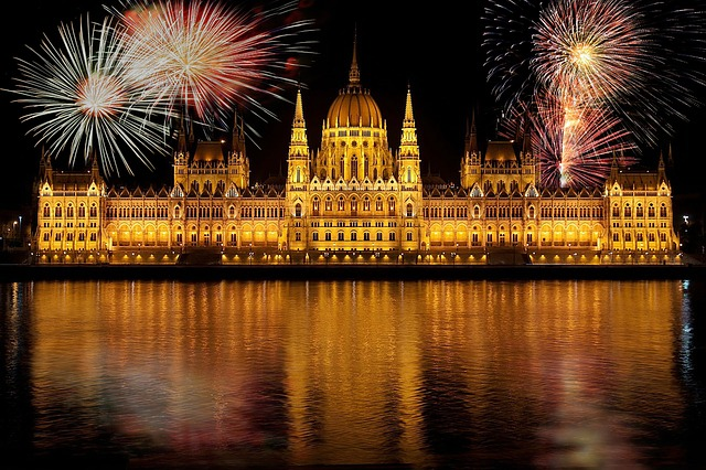 budapest-655216_640