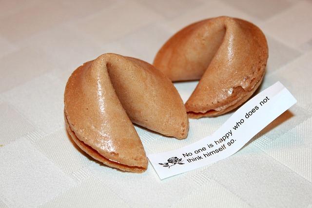 fortune-cookies-936584_640