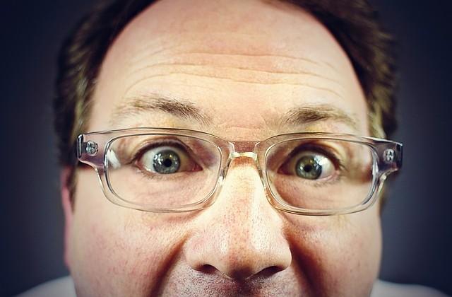 peeping-tom-316125_640
