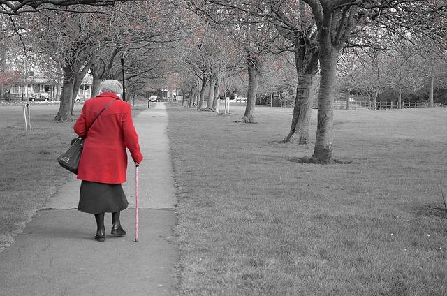 walking-69709_640