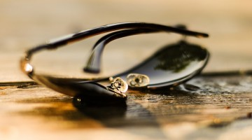 sunglasses-384567_640