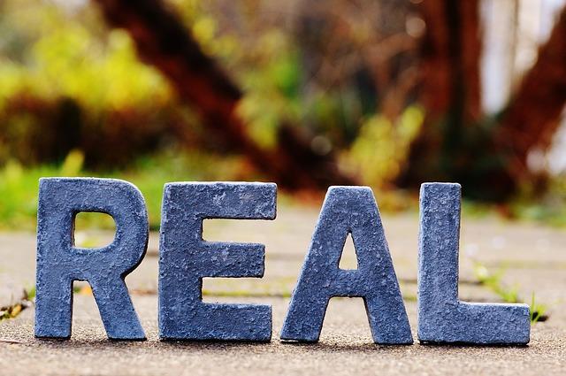 reality-1098745_640
