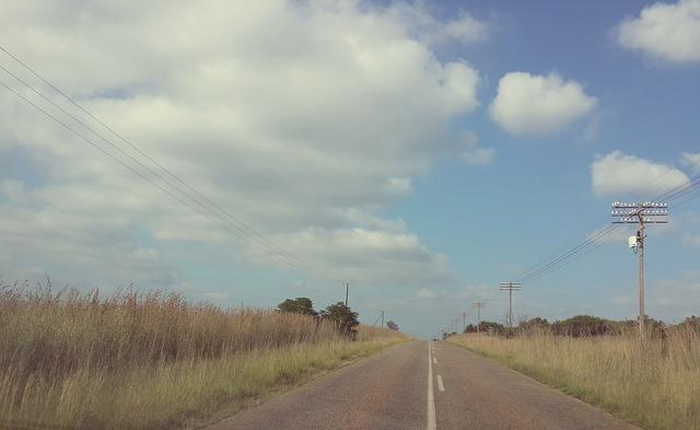 rural-698910_640