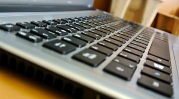 laptop-2605876_640