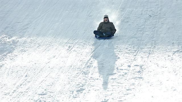 winter-2846027_640