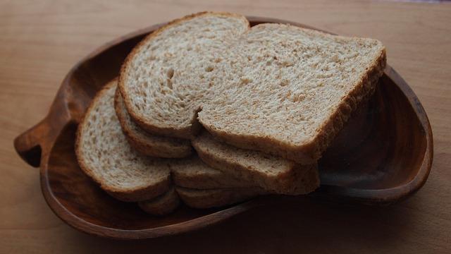 bread-671486_640