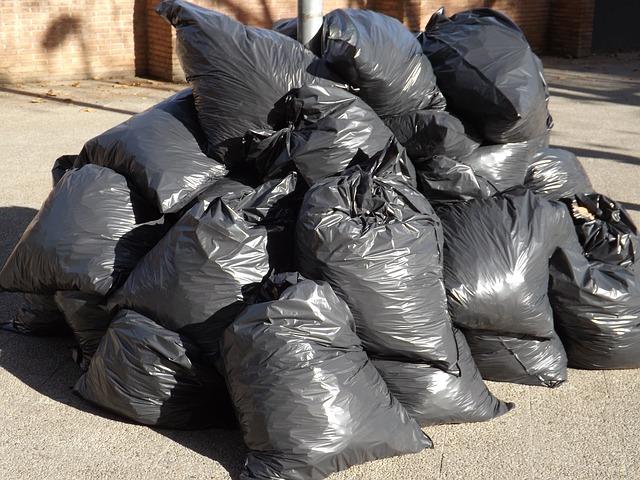 garbage-413757_640
