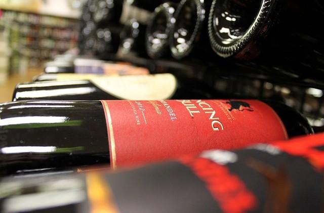 wine-2203814_640